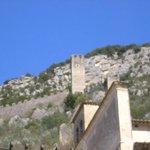 Ferentillo, le mura di Precetto con la torre a destra del borgo