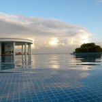 Infinity pool (early morning before to swi