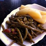 Not a special salada. Green beans and potatoes.