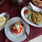 Best Bali Breakfast - Yogurt, fresh fruit & mango juice yummm