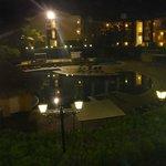 la vista desde la habitación hacia la pileta más grande del hotel