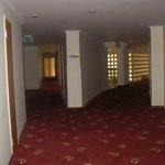 La Mer Hotel - Hotel's corridor
