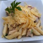 penne pasta with creamy bacon and mushroom sauce (with chicken).