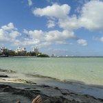 playa de poca profundidad y sin olas ideal para niños