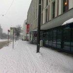 IBIS-Hotel - Eingangsbereich im Winter