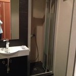 WC com sanitários muito recentes