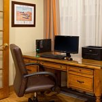 CountryInn&Suites Millville  BusinessCenter