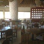 Dining\bar area