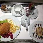 €23 room service meal