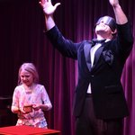 Peter does mentalism with a little girl from the crowd and t