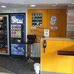 Réception et distributeurs de boissons chaudes et froides