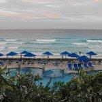 Barcelo Tucancun pool and beach