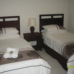 Single beds in 2 bed Apt
