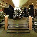 SELRS_P053 Club Olympus Gym 02