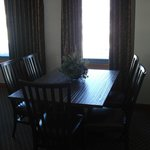 Dining area in 525
