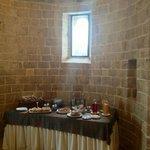 l'abside con il buffet del breakfast
