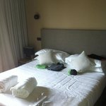comodo letto matrimoniale della suite