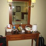 Dressing table/tea area