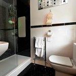 Edencoille Bathroom 3