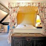 Four Poster Room (with ensuite bathroom)