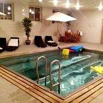 hotellets pool. djup och härlig.