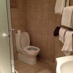 Room 405 bathroom