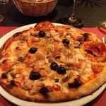"Pizza ""Siciliana Henzmann"""