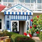 Rita's Cafe mit hauseigener Konditorei
