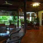 patio di ingresso dell'hotel