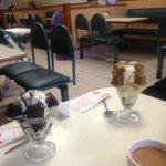 Ice cream sundaes mmmm!