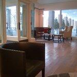 Lobby - Hanover Inn Feb