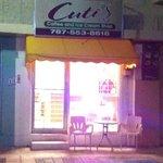 Cuti's at Night