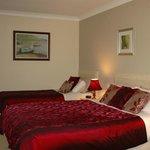 Double & Single Room en suite