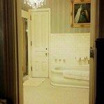 The bathroom in Maude's room