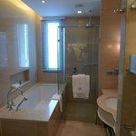 GrandDeluxe bathroom