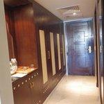 entrada y armarios
