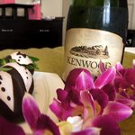 Champagne and Chocolate Strawberries for Honeymooners!