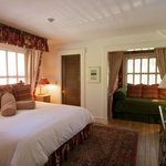 Room #6 - King and Twin Bed can accommodate 3 adults - Private Newly Remodeled Bath