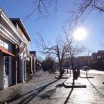 Lexington - Must visit - 5 minute drive!