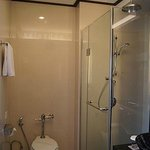 separate shower compartment