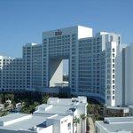 Hotel Riu Caribe Fachada