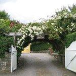 Entrance to EDENCREST