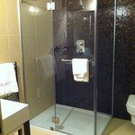 Large Stand Alone Power Shower Cubicle