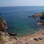 Great swimming beaches.