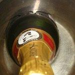 la champagna de luna de miel en agua tibia