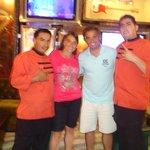 Con nuestros amigos Angel y Evelio