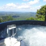 Remingtons Lodge spa/hottub
