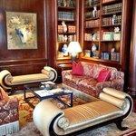 Recepção do Hotel ( aproveite o final de tarde para curtir um piano conduzido,