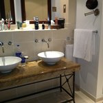 Dual sinks in villa bath
