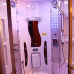 A super futuristic-looking shower contraption that looked ready for time-trave